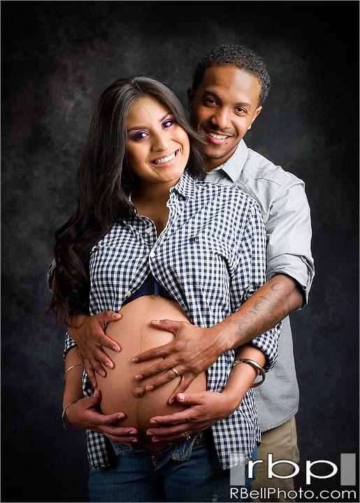 Corona Maternity Pictures