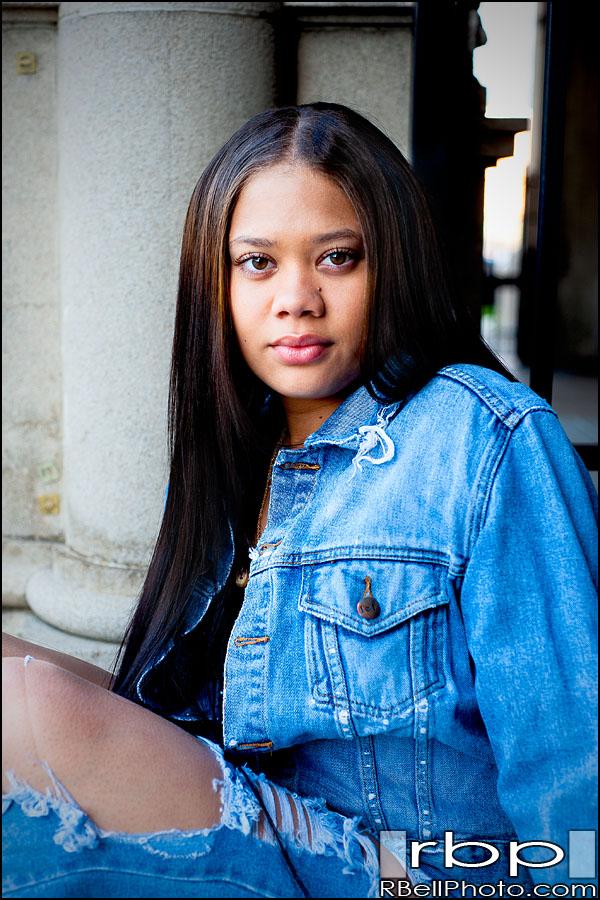 Kiarra – Riverside Senior Portrait Photography